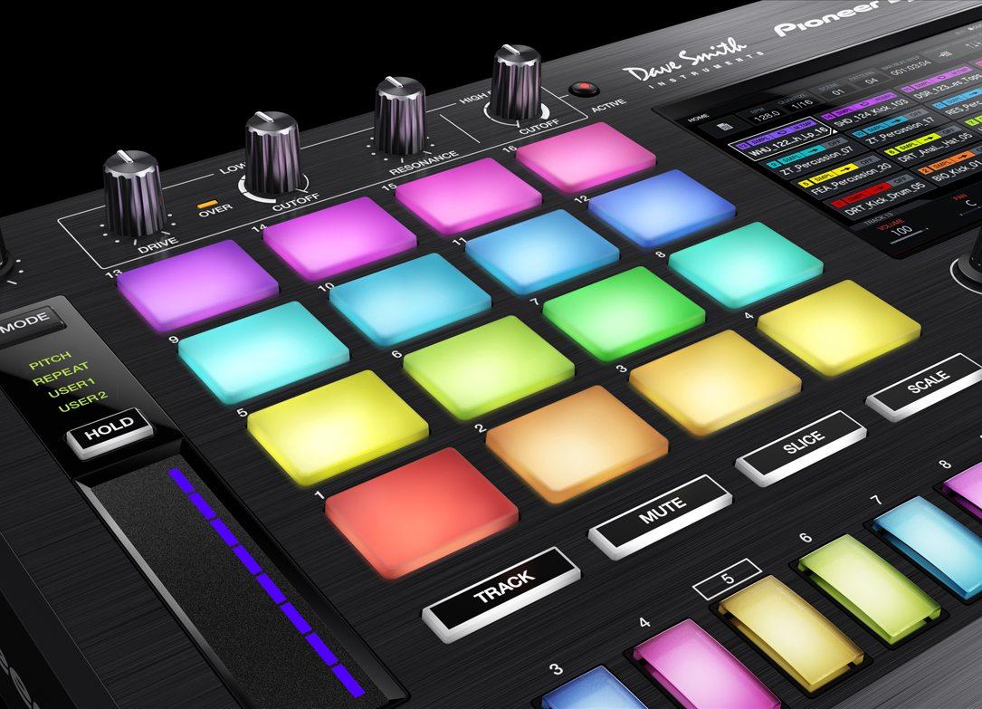 Pioneer se lanza con Toraiz SP-16, un sampler con filtros Dave Smith y Pro DJ Link