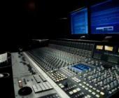 Diploma de  Producción Musical y Técnico de Sonido. Inicio curso Octubre 2012.