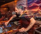 """Microfusa presenta """"Cómo me convertí en un DJ/Productor Internacional"""" by David Tort"""